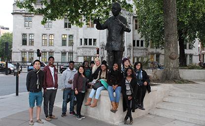 FOA Mandela Statue